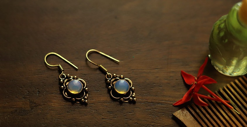 White Metal small earring