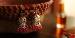 इशाना ✽ White Metal ✽ Earring 3