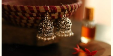इशाना ✽ White Metal ✽ Earring 9