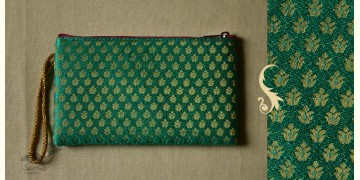 Bolsa ~ Brocade purses & Clutches { 12 }