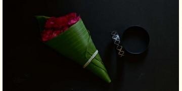 Moh . मोह ✡ Inlaid Bangle (Single Piece) ✡ 45C (6cm x 1.5cm)