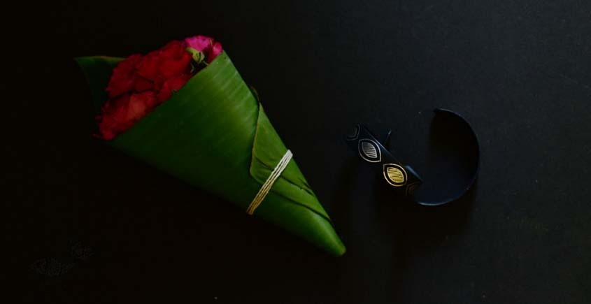 exclusive new collection of Silver Inlaid bangle 46c
