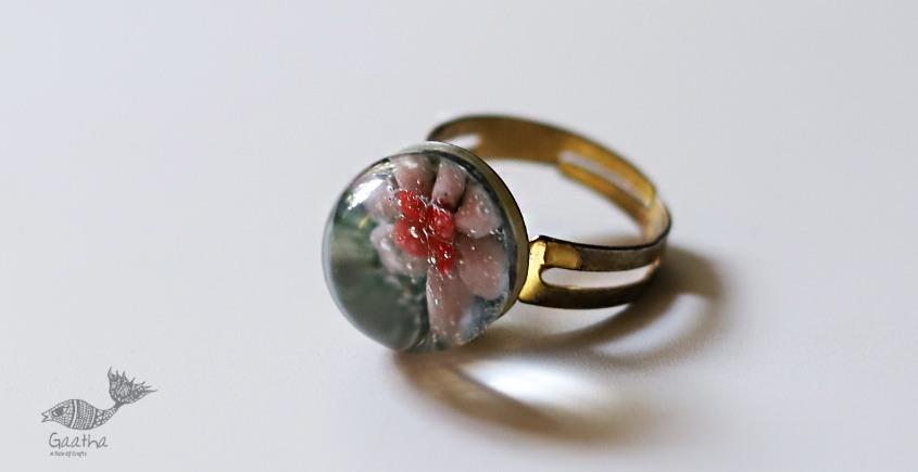Zeenat ✤ Glass Jewellery ✤ Rings ~ 68