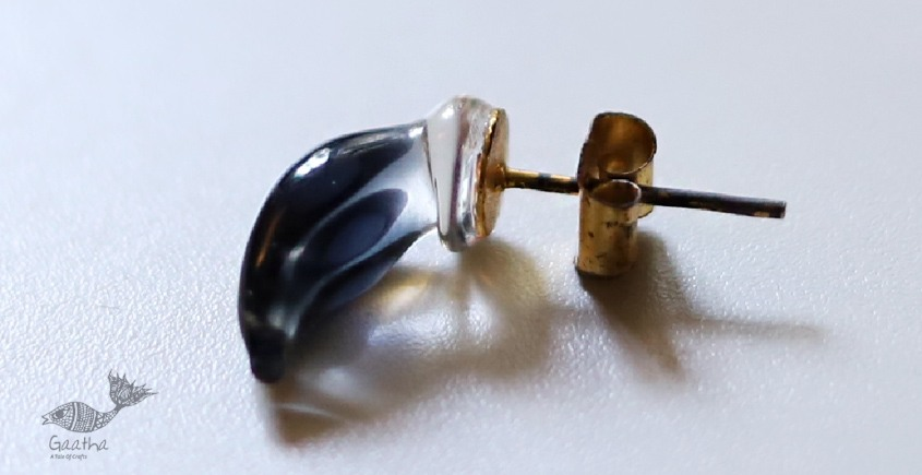 Zeenat ✤ Glass Jewelry ✤ ( Single Stud ) ~ 71