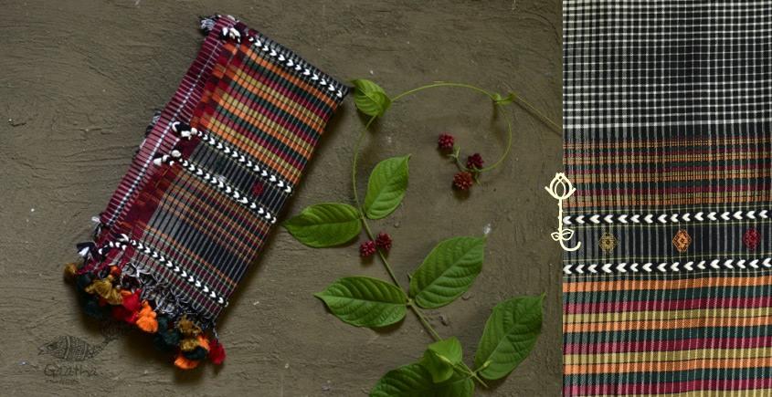 Handwoven kala cotton bhujodi weaving stoles from kutch 01
