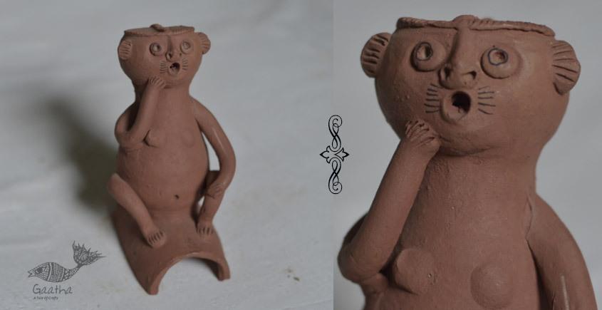 Terracotta Handmade table top- monkey