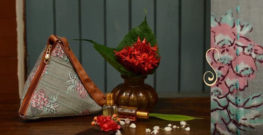 Blooming Dales ~ Block print ~ Purses & Handbags ~ { 12 }