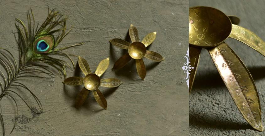brass candle stand / diya