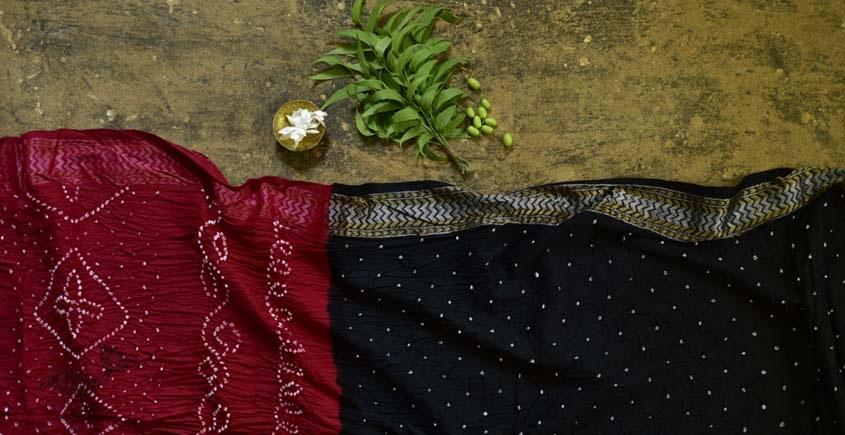 Buy Gujarati Cotton Bandhani black & red Saree