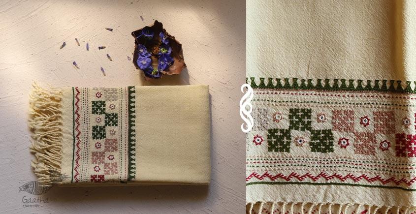 Aghan   अगहन ⁂ Bavaliyo Embroidery ⁂ Merino Wool Stole ⁂ 13