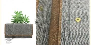 Auden ♦ Wool & Vegan Leather Purse { 16 }