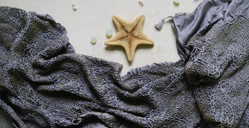online bandhej silk Dupatta to charm on your plain Dress