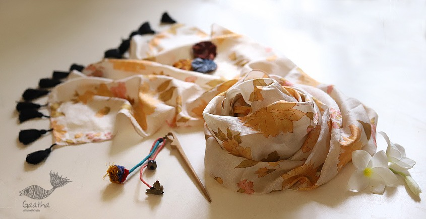 Soie ✻ Silk Stole With Wooden Hair Pin ✻ B