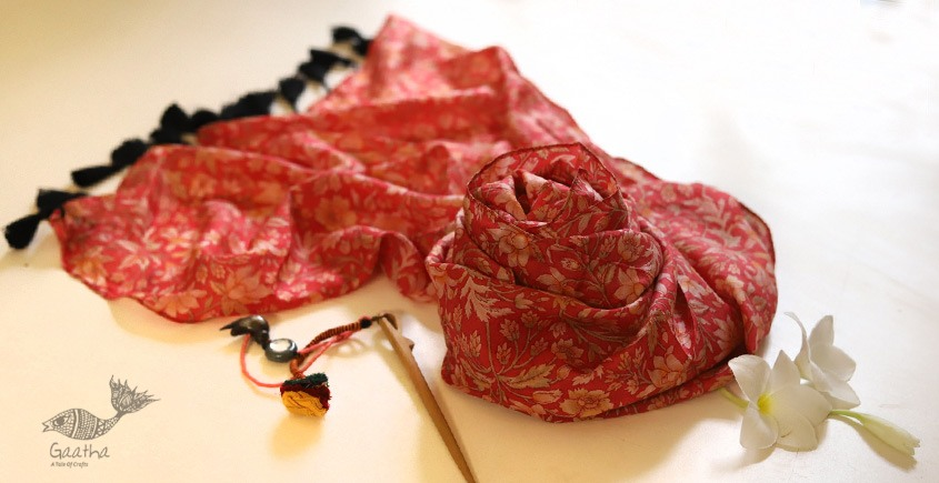 Soie ✻ Silk Stole With Wooden Hair Pin ✻ F