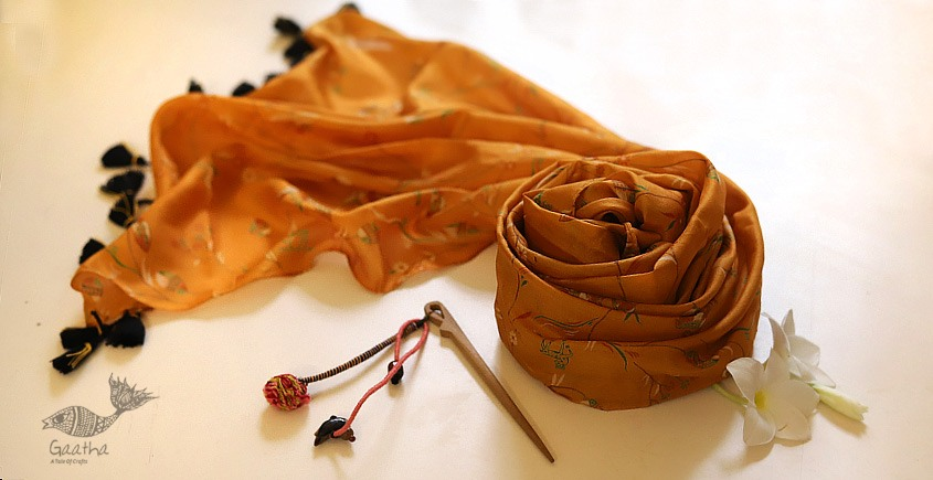 Soie ✻ Silk Stole With Wooden Hair Pin ✻ I