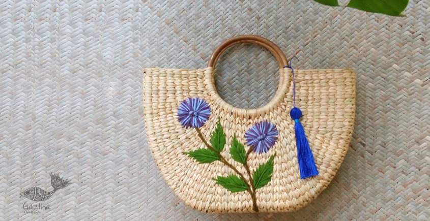 Handmade - handcrafted Daisy Hand Bag - Red
