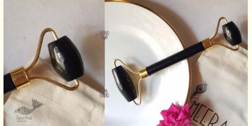 Amber ☘ Black Tourmaline Face Roller ☘ 2
