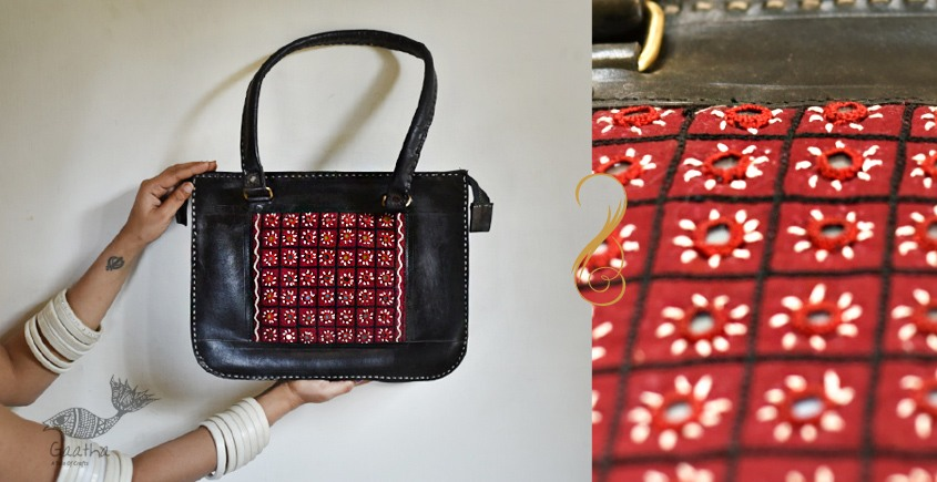 The nomad within me ♠ Kutchi Leather Bags - Black tote bag with Mirror work ♠ 13