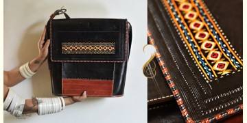 The nomad within me ♠ Kutchi Leather Bags - Brown black large sling ♠ 1