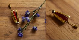 Hover ✶ Brooch Pin ✶ Icefly Lapel Red