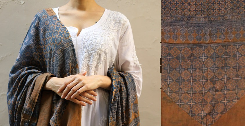 shop new collection of ajrakh dupatta 2