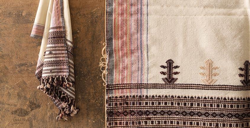 Salt Deserts of Kutch ❅ Raw Woolen Stole ❅ 4