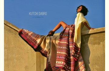 Salt Deserts of Kutch ❅ Raw wool Stole, Shawl & Dhabro