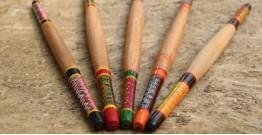 Kutch lacquer rolling pin ~ Belan { C }