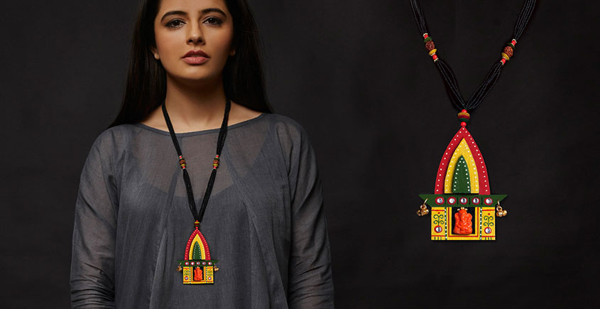 Razia Kunj ♥ Handcrafted Jewelry ♥ Temple Necklace . A