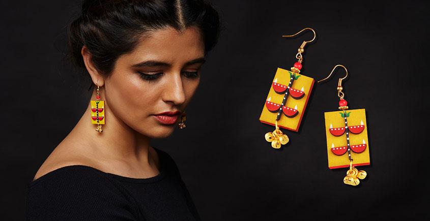 Razia Kunj ♥ Handcrafted Jewelry ♥ Temple Earrings . D