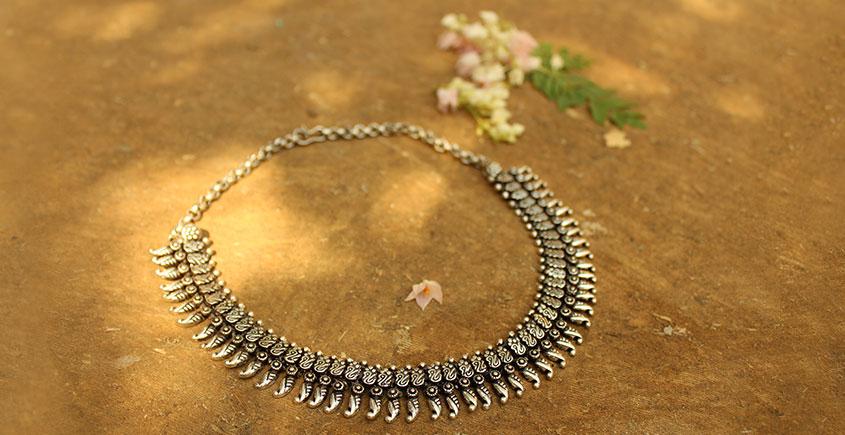 Khwab ✽ Antique Finish White Metal ✽ Necklace { 24 }