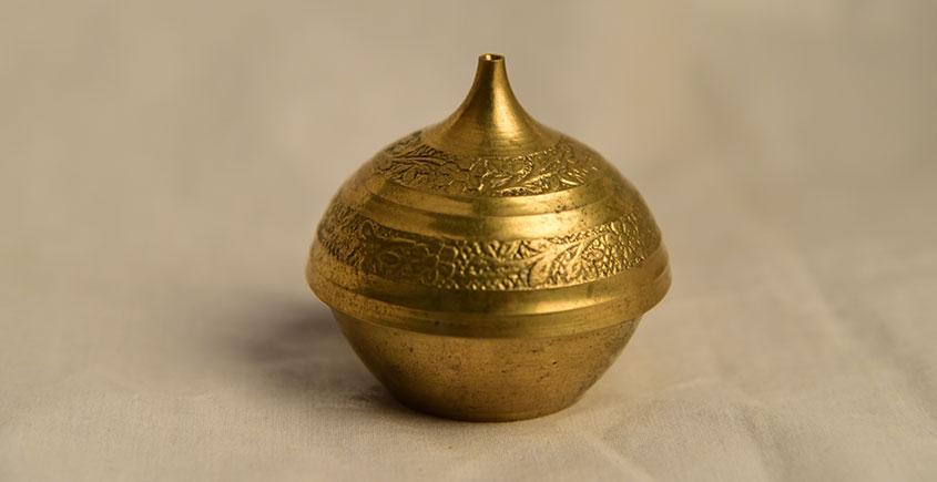 अर्चना ❋ Brass. Kumkum dibbi carving ❋ 24
