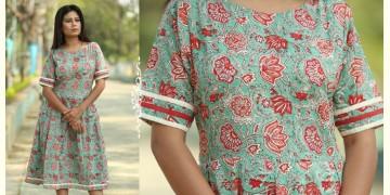 Albeli ♠ Hand block printed ♠ Floral print ocean green pleated dress ♠ 14