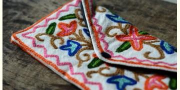 Aari-work Kashmir ~ Hand clutches (pink)