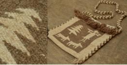 Maaldhari (Handwoven woolen bag)
