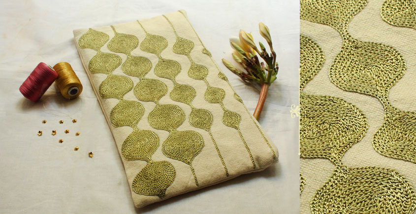A Garden To Keep ✽ Aari Embroidered . Pouch ✽ 20
