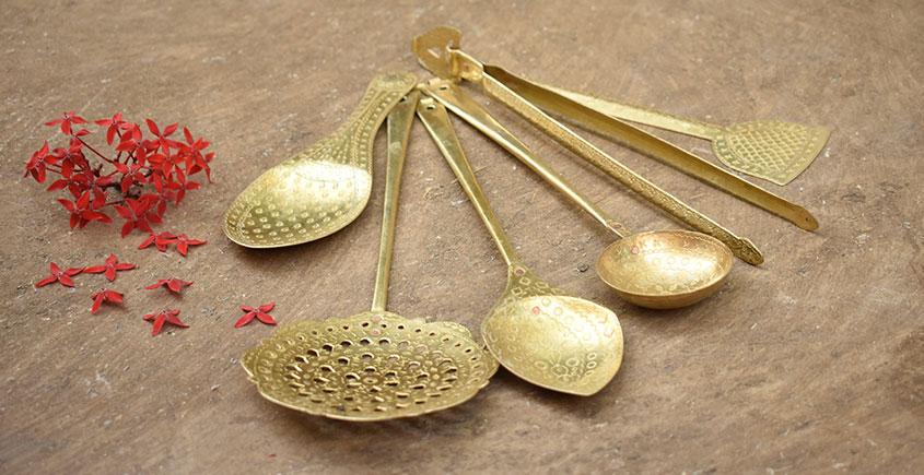 Ahar ✽ Brass ~ Kitchen set { Six piece set }