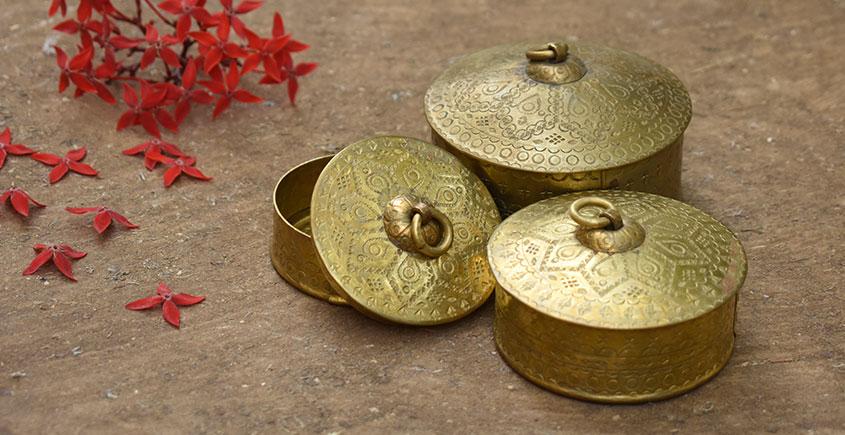 Ahar ✽ Brass ~ Dabro-Small | Biggest - 3.6 x 3.6 x 2.5 { Set of three }