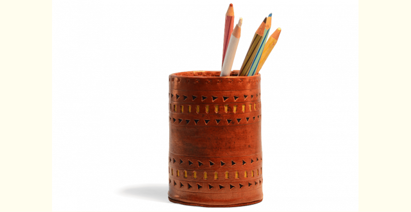 Pen Holder ~ Leather