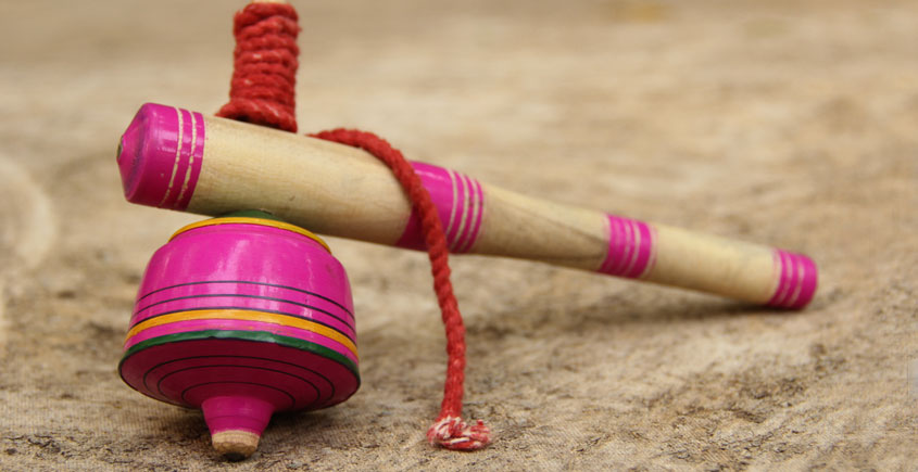 Kutch lacquer ~ Spinning Top - भमरडो { B }