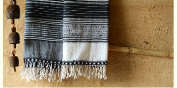 Elegance from the grasslands IV ~ handwoven woolen stole