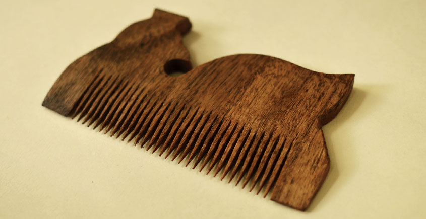 Wooden comb ~ Tribal markings { 5 }