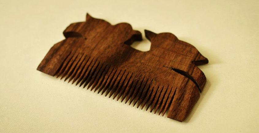 Wooden comb ~ Tribal markings { 6 }