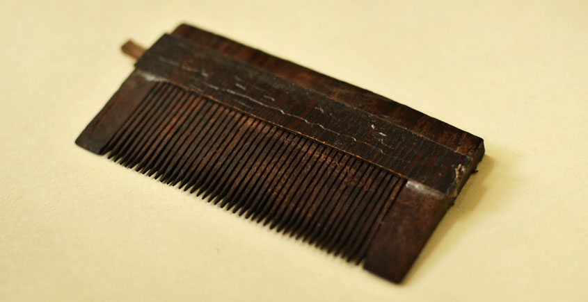 Wooden comb ~ Oil Channel Wooden Comb { 9 }