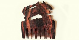 Wooden comb ~ Lion