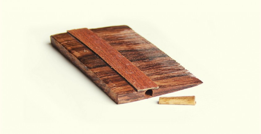 Wooden comb ~ with Oil channel