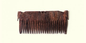 Wooden comb ~ Tribal markings
