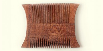 Wooden comb ~ Coupled masterpiece