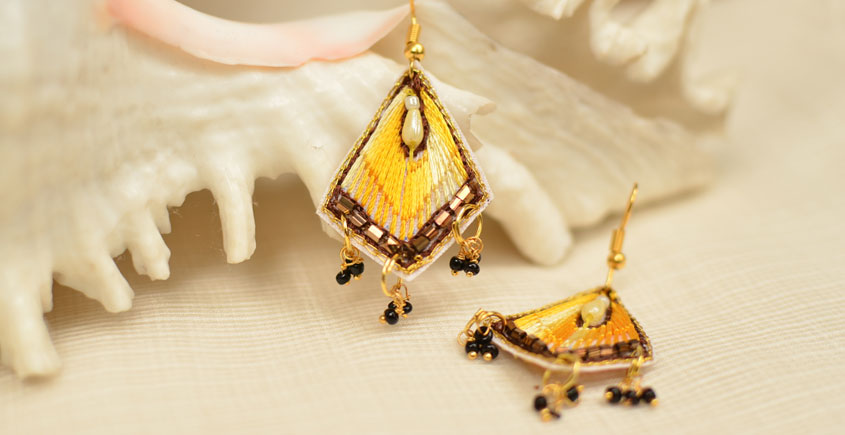 Of Glitter & Shine ☆ Embroidered Jewelry { Earrings } 5