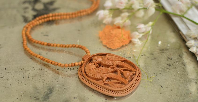 Kadam ♣ Wooden Neckpieces { d }